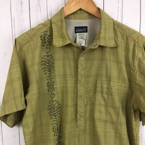Patagonia Mens Green Snap Button Organic Cotton